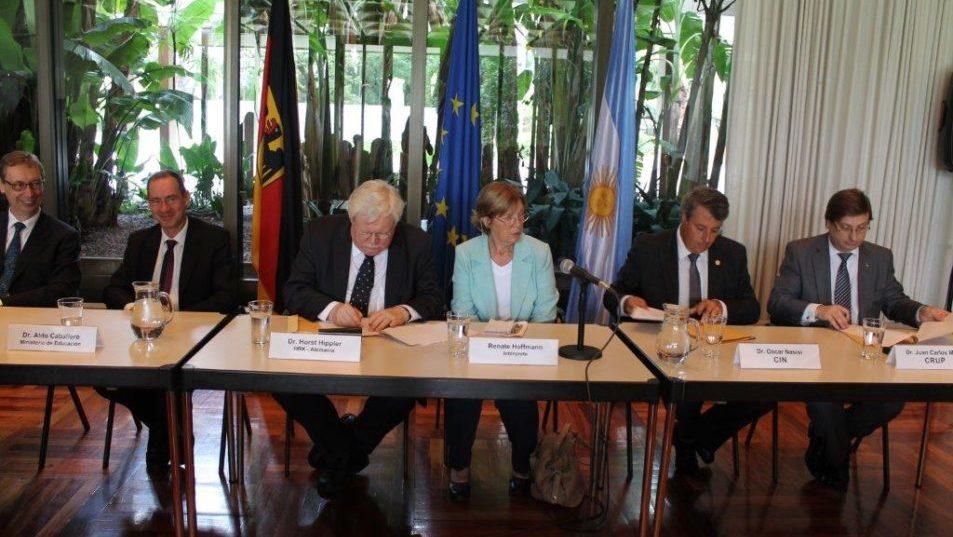 Unterzeichnung Abkommen HRK, CIN, CRUP